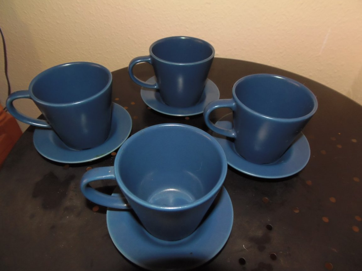 Cups and Saucers (Blue)