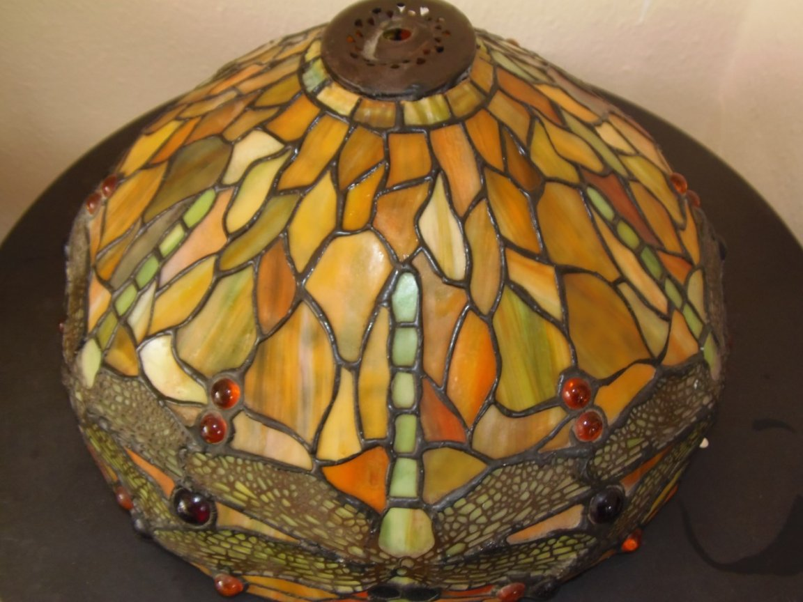 Tiffany Lampshade (damaged) - Image 3