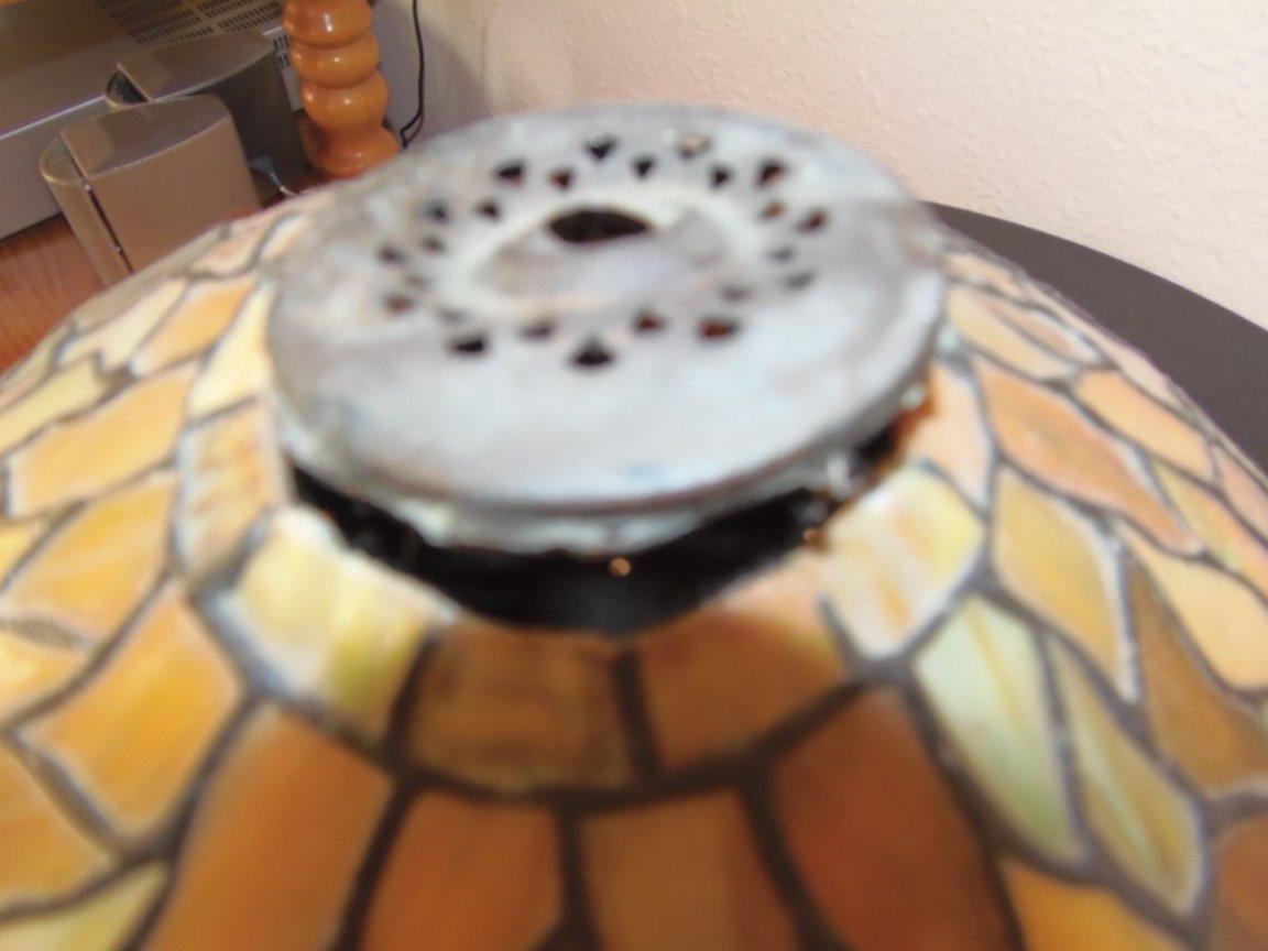 Tiffany Lampshade (damaged) - Image 6