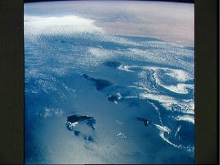 Photos from ISS by Soichi Noguchi on 16th May 2010